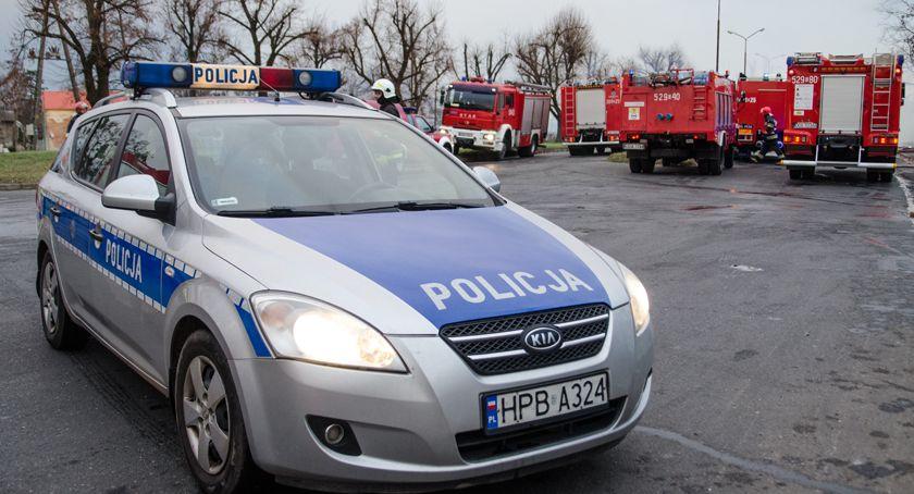 Akcje, Policja uprawnienia Uważaj trakcie kontroli - zdjęcie, fotografia