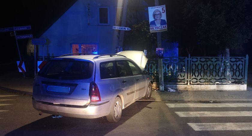 Wypadki drogowe, Kierował podwójnym gazie - zdjęcie, fotografia