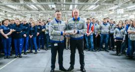 100 milionów poduszek powietrznych w Jelczu Laskowicach