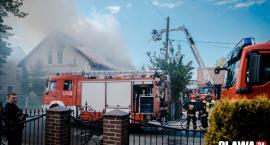 Pożar w Ścinawie Polskiej. Spłonęło poddasze domu [VIDEO]