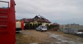Nocny pożar. Lokatorzy nie zdążyli zamieszkać w nowym domu