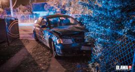 Pijany jechał lewą stroną i uderzył w inny samochód