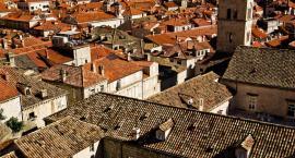 Jak dobierać gąsiory dachowe do wybranego rodzaju pokrycia?