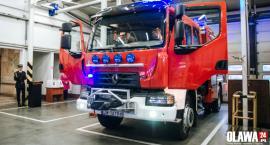 Oławscy strażacy z nowym wozem