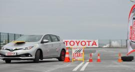 Toyota i Akademia Bezpiecznej Jazdy poprowadzą bezpłatne szkolenia z ekojazdy w Jelczu-Laskowicach