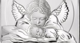 Jak znaleźć idealny prezent na chrzciny dziecka? Podpowiadamy!