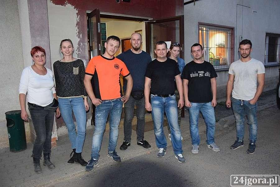 Ludzie, Pomoc pogorzelców dotarła Piechowic - zdjęcie, fotografia