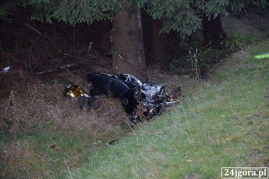 Wypadki drogowe, Śmierć drodze Świeradów Zdrój Szklarska Poręba - zdjęcie, fotografia