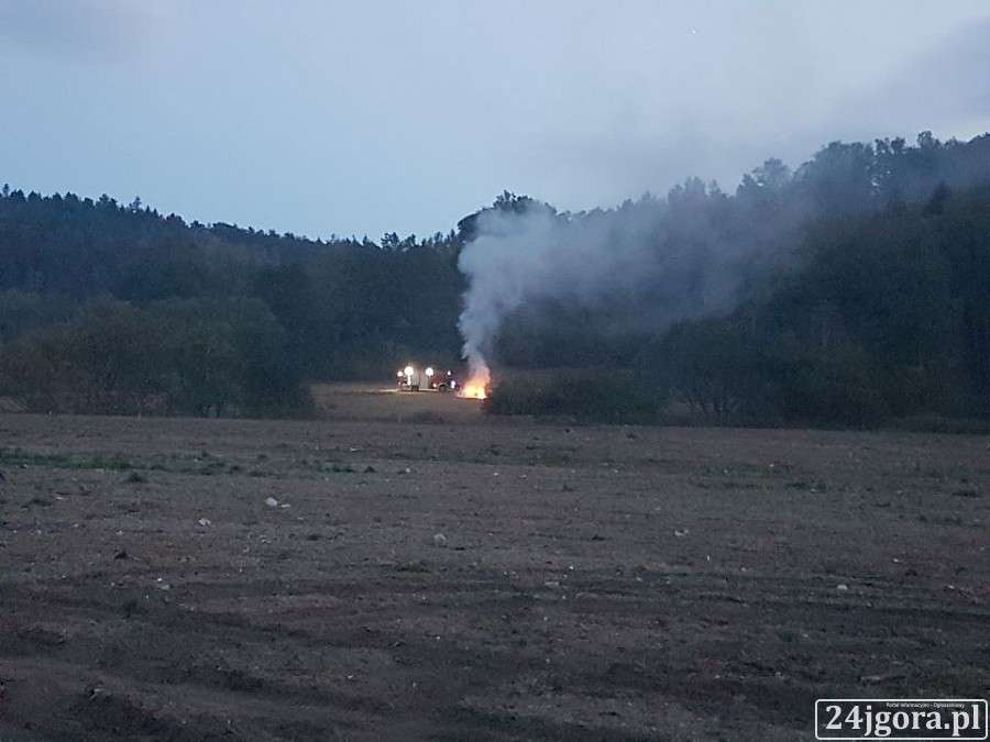 Pożary, Płonęła siana - zdjęcie, fotografia