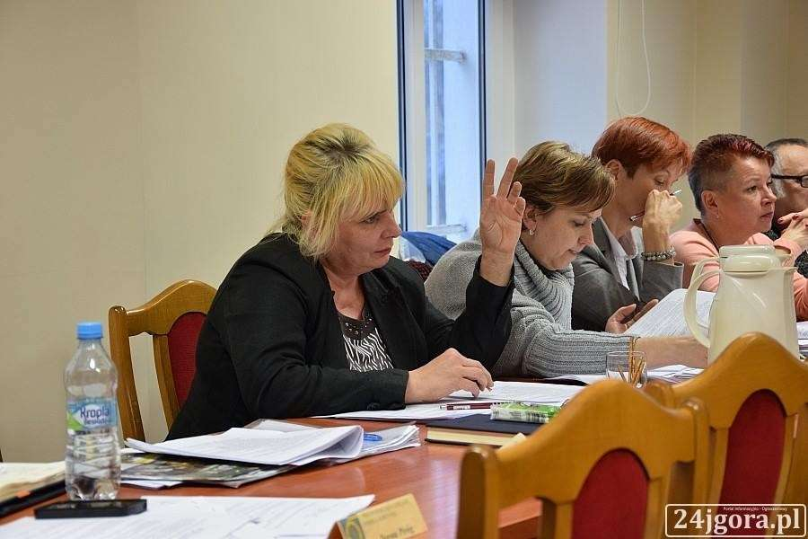 Inwestycje, Piechowice promesy ulicę Wczasową Radni odpowiadają - zdjęcie, fotografia