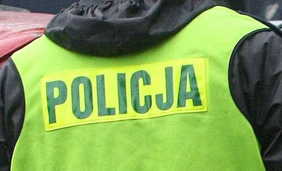 Komunikaty policji, Zatrzymany posiadanie narkotyków także podejrzewany kierowanie pojazdem wpływem - zdjęcie, fotografia