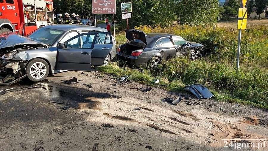 Wypadki drogowe, Groźny wypadek Podgórzynie - zdjęcie, fotografia