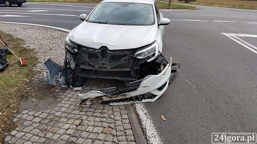 Wypadki drogowe, Wymuszenie pierwszeństwa przyczyną zderzenia - zdjęcie, fotografia