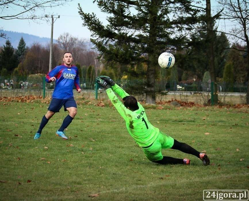 Piłka nożna, Zapowiedź spotkań dolnośląskiej okręgówki klasy - zdjęcie, fotografia