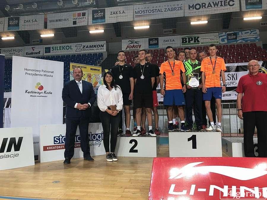 Inne, Złoto srebro Drużynowych Wojewódzkich Mistrzostwach Polski badmintonie - zdjęcie, fotografia