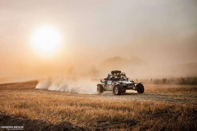 Sporty motorowe, jutro rusza - zdjęcie, fotografia