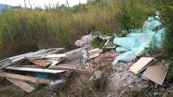 Z ostatniej chwili, Problem śmieci Sobieszowie nadal aktualny - zdjęcie, fotografia