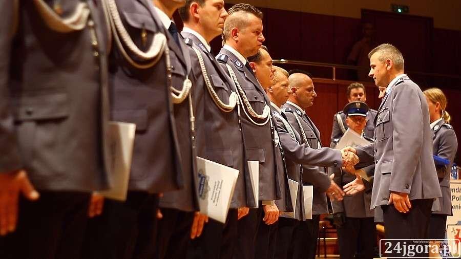 Wydarzenia, Święto Policji nagrodami odznaczeniami (VIDEO) - zdjęcie, fotografia