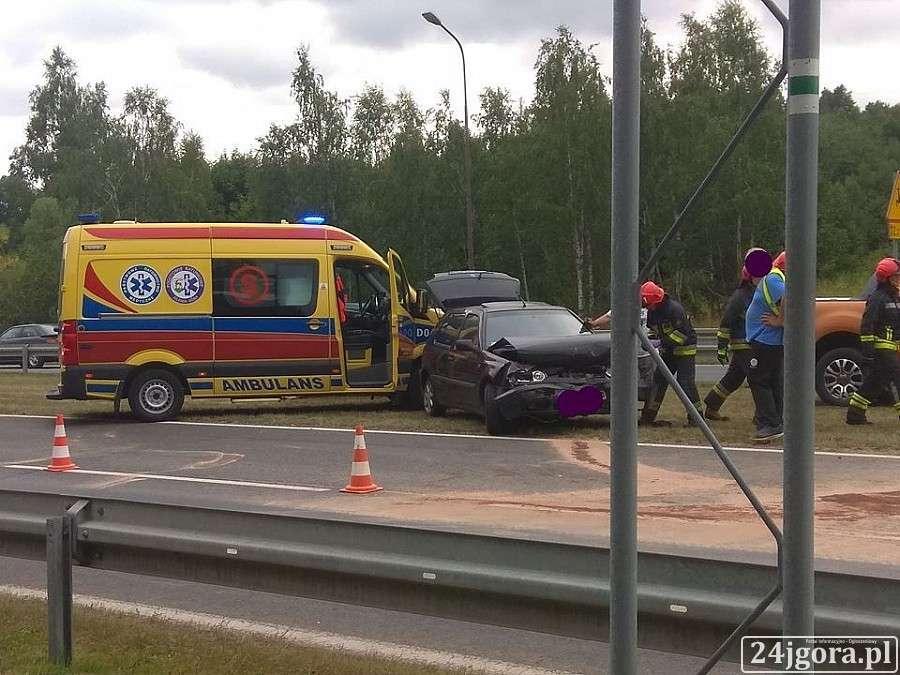 Wypadki drogowe, Zderzenie dwóch Jeleniej Górze - zdjęcie, fotografia