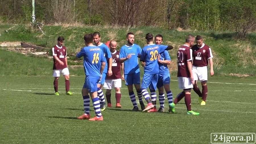 Piłka nożna, Emocje Piechowicach Lechia lepsza Budowlanych (VIDEO) - zdjęcie, fotografia