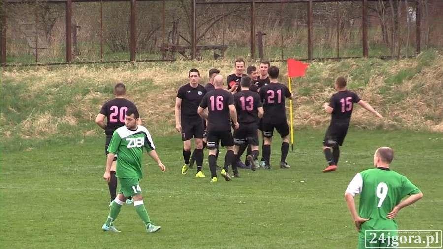 Piłka nożna, Orzeł postawił liderowi Remis minucie (VIDEO) - zdjęcie, fotografia