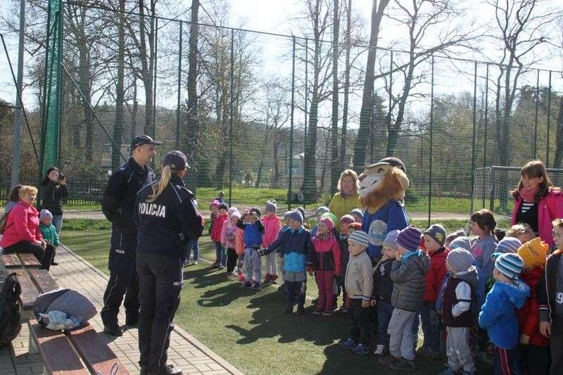 Dzieci, Policjanci przedszkolu Janowicach Wielkich - zdjęcie, fotografia