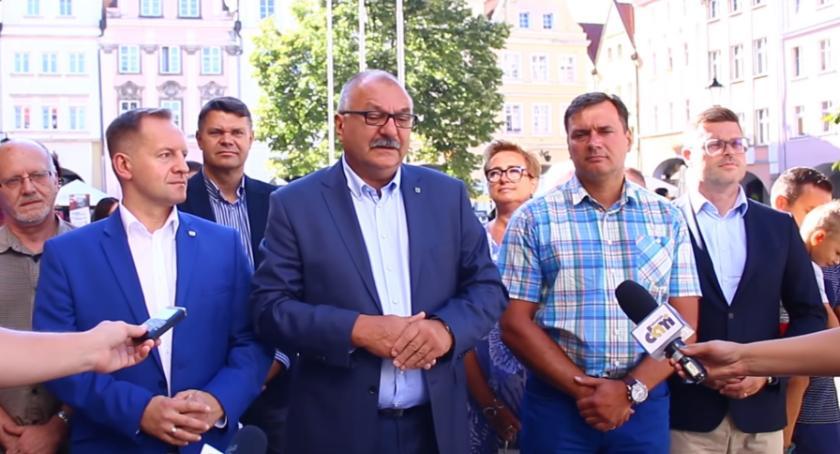 Samorząd, koalicja! Bezpartyjni będą rządzić Dolnym Śląskiem - zdjęcie, fotografia
