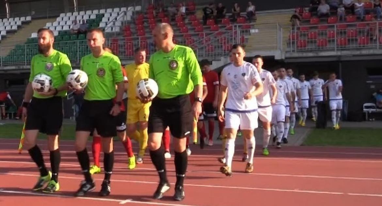 Piłka nożna, Ostatni Karkonoszy własnym stadionie - zdjęcie, fotografia