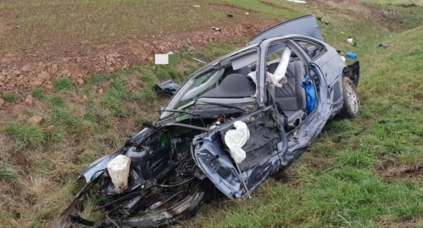 Wypadki drogowe, Śmiertelny wypadek trasie Jelenia Góra Wrocław - zdjęcie, fotografia