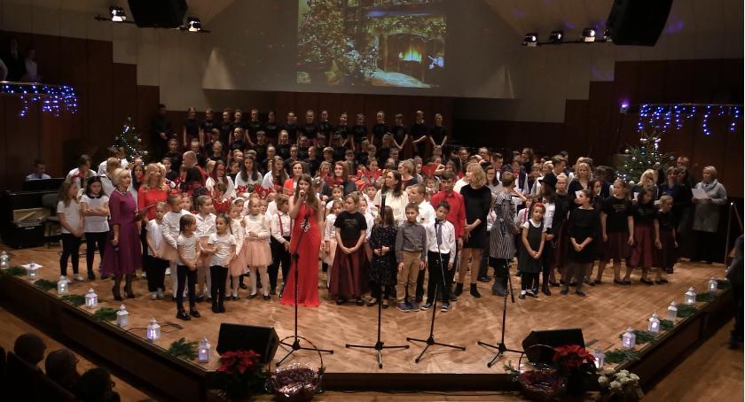 """Wydarzenia, """"Koncert Kolęd"""" jeleniogórskiej filharmonii - zdjęcie, fotografia"""