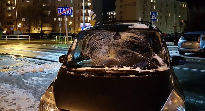 Wypadki drogowe, Potrącenie przejściu pieszych - zdjęcie, fotografia