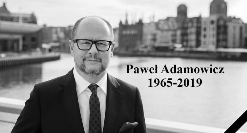 Wydarzenia, Jeleniogórzanie pożegnają Pawła Adamowicza - zdjęcie, fotografia