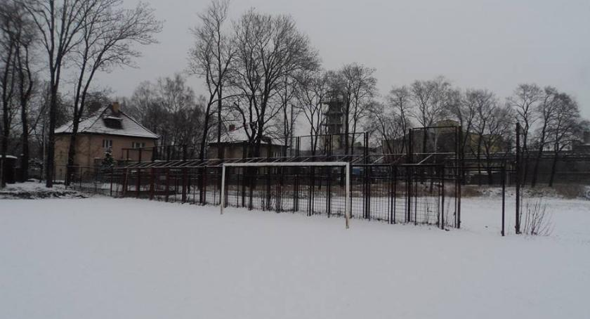 Inwestycje, boisko treningowe Parku Sportowym Złotnicza - zdjęcie, fotografia
