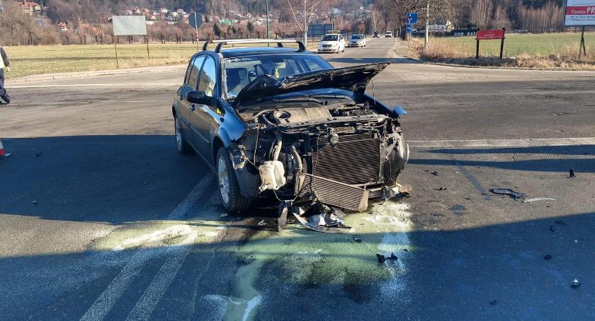 Wypadki drogowe, Zderzenie Kowarach Utrudnienia ruchu - zdjęcie, fotografia