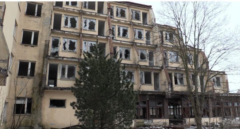 Absurdy, Hotelowa ruina - zdjęcie, fotografia
