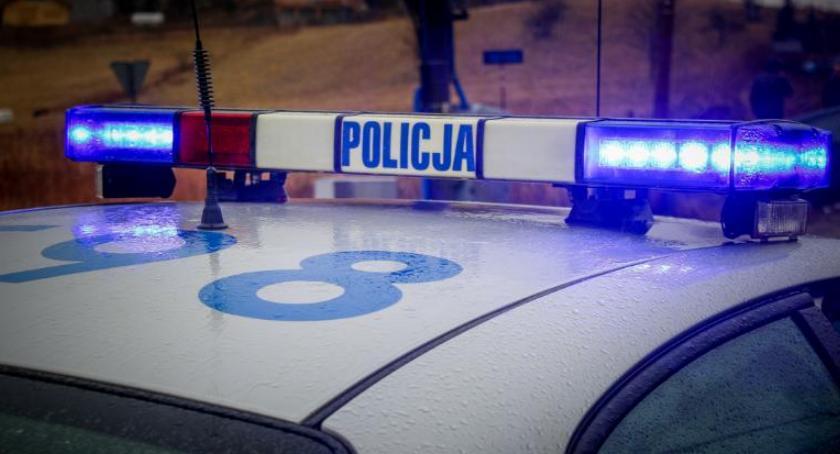 Kronika Kryminalna, Zatrzymani kradzieże sklepach różnych miastach Wstępnie mają koncie takich przestępstw - zdjęcie, fotografia