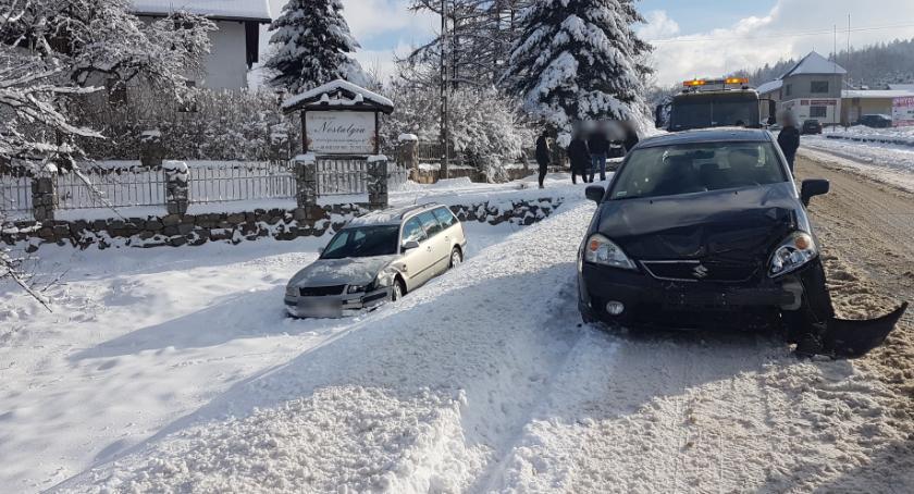 Wypadki drogowe, mogli dojść porozumienia więc wezwali policję Zderzenie drodze Podgórzyn Miłków - zdjęcie, fotografia