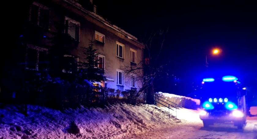 Z ostatniej chwili, Czujnik czadu zaalarmował sąsiadów - zdjęcie, fotografia
