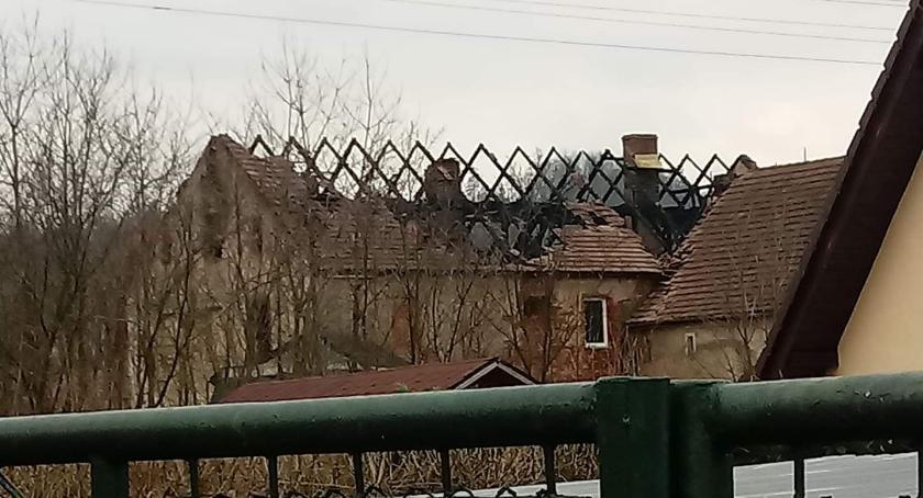 Pożary, Staniszów wczorajszym pożarze - zdjęcie, fotografia