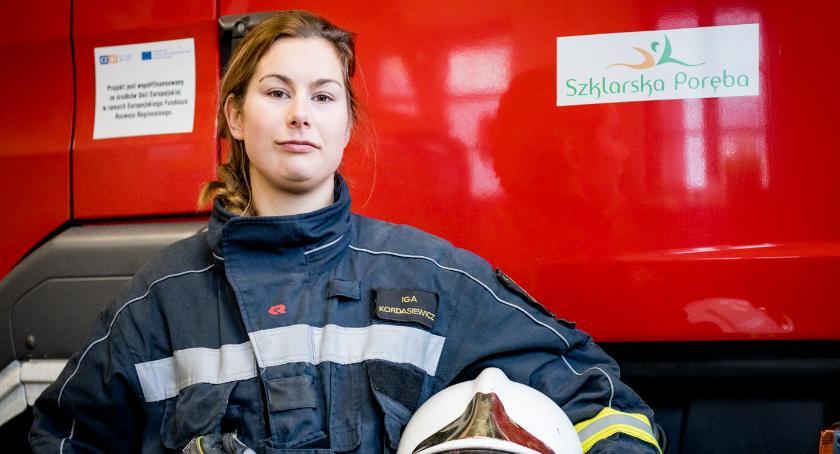 Ludzie, Kobiety straży pożarnej Kordasiewicz - zdjęcie, fotografia