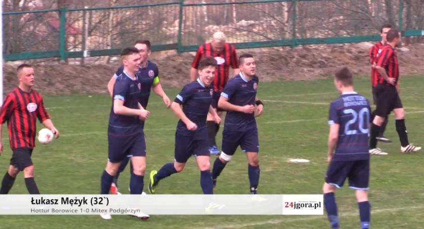 Piłka nożna, Remis derbach Gminy Podgórzyn - zdjęcie, fotografia