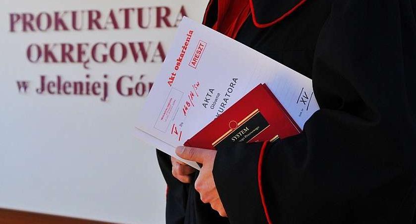 Kronika Kryminalna, Próbował zgwałcić dwuletnią dziewczynkę - zdjęcie, fotografia