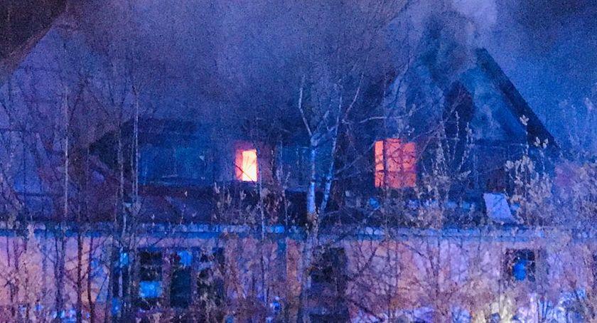 Kolejny pożar pustostanu. Tym razem przy Alei Solidarności