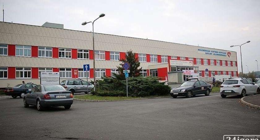 Finanse, milionów złotych jeleniogórskiego szpitala - zdjęcie, fotografia