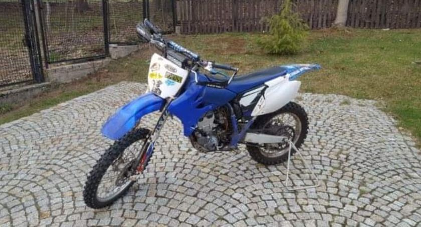 Kradzież, Skradziono motocykl - zdjęcie, fotografia