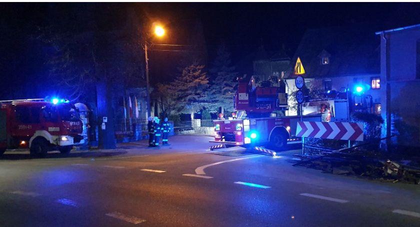 Interwencje, Interwencja straży pożarnej centrum Piechowic - zdjęcie, fotografia