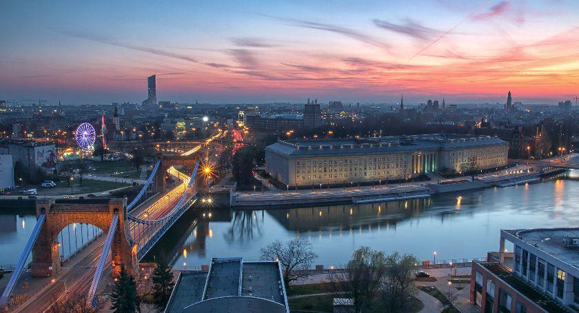Turystyka, Skuteczne poszukiwania noclegów Wrocławiu - zdjęcie, fotografia