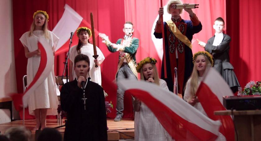 Wydarzenia, Patriotyczna Piechowicach - zdjęcie, fotografia