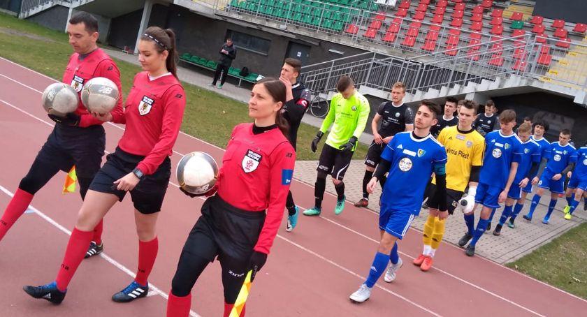 Piłka nożna, Młodzi piłkarze Karkonoszy pojadą Portugalii - zdjęcie, fotografia