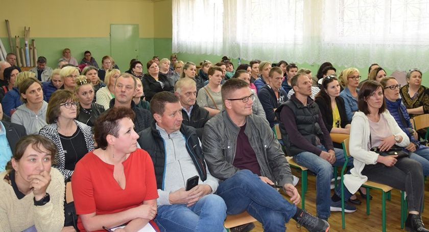 Edukacja, Piechowice Kolejne spotkanie sprawie organizacji sieci szkół - zdjęcie, fotografia